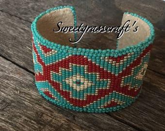 Beaded cuff,  bracelet, Native American cuff, bracelet, First Nations cuff bracelet, Beaded Bracelet, southwestern cuff, boho bracelet