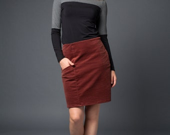 Brooke corduroy skirt with side pocket in rust or gray