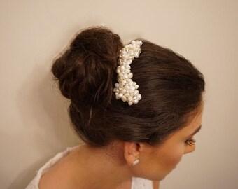 Bridal pearl cluster hair comb, Wedding pearl cluster hair comb, Bridal hair accessory, Bridal pearl hair comb, Wedding hair accessory