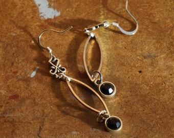 Seed on the silver wind earrings
