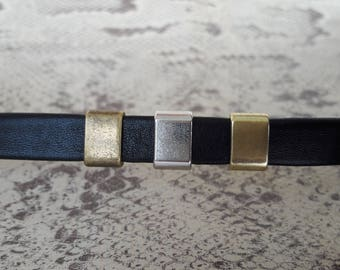 Passing for 10 mm leather strap