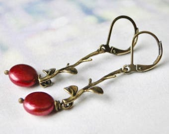 Women's Earrings / Freshwater Pearl Earrings / Dangle Earrings / Red Freshwater Pearl Earrings / Holiday Gift / Gift for Her / Drop Earrings