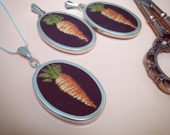Little Carrot Embrodiered Pendant