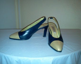 Vintage 90's Gorgeous Bandolino Two Tone Spectator Gold and Navy Sling Back Pumps