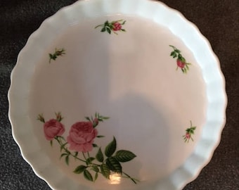 Quiche or Pie plate Christoneholm floral print