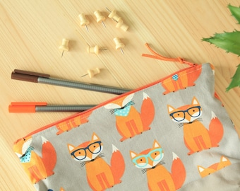 Foxes Zipper Pouch, Fox Pouch, Foxes Pencil Case, Small Bag, Gadget Case, Fox Fabric, Foxes Fabric, Cotton Fabric, Travel Pouch
