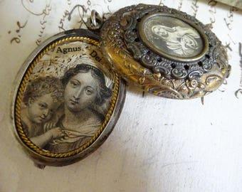 AMAZING Vintage Virgin Mary Reliquary Slide Locket