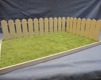 Base giardino con steccato 1/6 (dimensione Barbie) - Garden base with 1/6 fence (Barbie size)