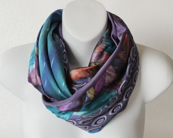 Infinity scarf, silk scarf, upcycled neckties scarf made in Québec, Canada.