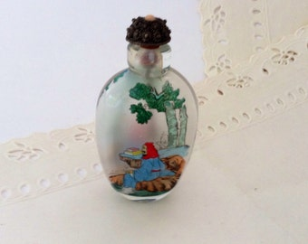 Chinese Snuff Bottles - collectible - Vintage 70s - miniature bottle - reverse painting - metal spoon - Asian Art - gift idea 1970s