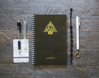 Medium Workout Log (170 Pages)   12 Months   No Meal Planner/Log Pages   Black Always Divination Planner