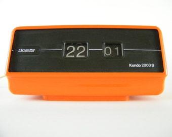 1970s Mid Century Mod Orange Rolling Number Flip Clock - Kundo Digilette - West Germany Tangerine Desk Clock - Black & Orange Home Decor