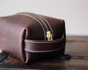 Handmade leather Toiletry bag,