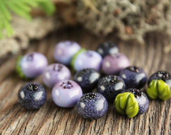 Glass Blueberry / Lampwork Wild Berry Beads / Blueberries / Northern Forest Berries/ Realstic berries / Artisan Lampwork / Flameworking