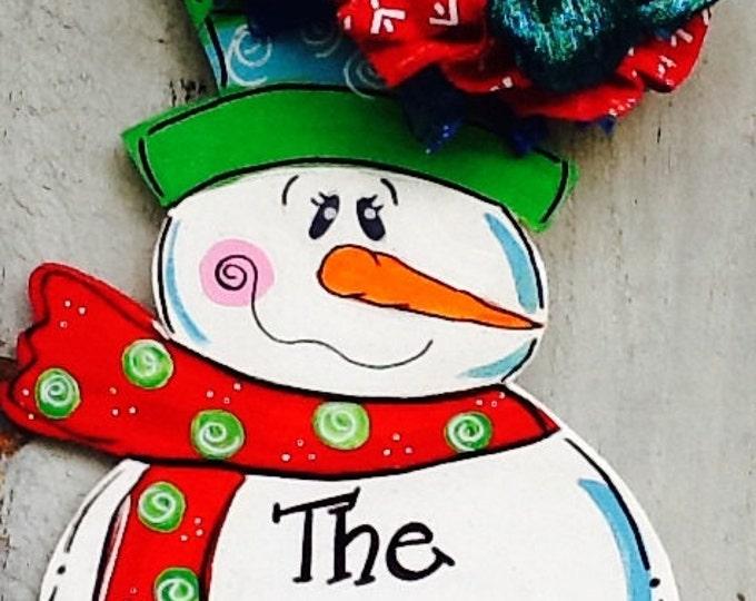 Frosty door hanger, snowman door hanger, snowman sign, snowman door sign, holiday door hanger, winter door hanger, winter sign,