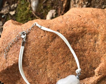 Quartz heart bracelet