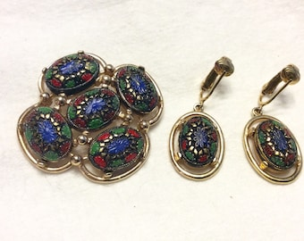 Vintage Sarah Coventry mosaic brooch and earrings set.