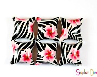 Polymer clay pillow beads - Zebra pink flower beads - handmade beads - animal print beads - 20mm (6)