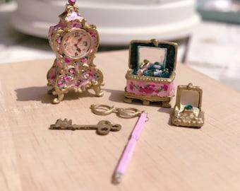Dollhouse French Set