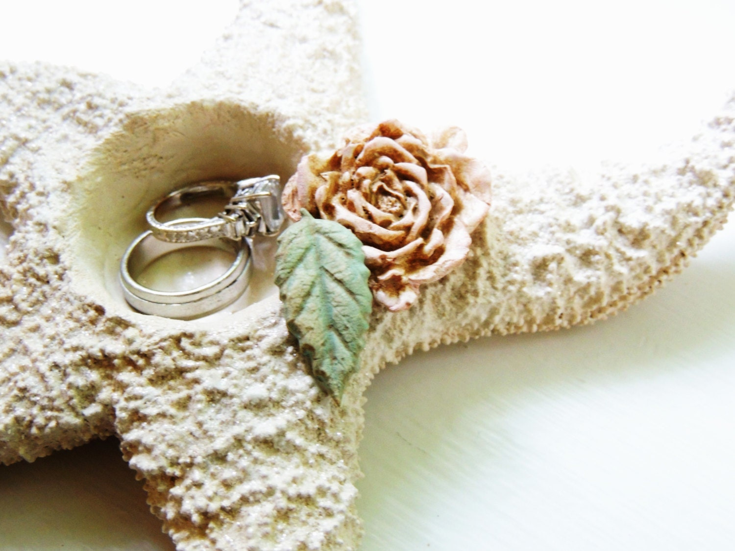vintage beach las wedding vegas rings luxury
