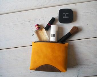Leather Makeup bag, Leather Make up Bag, Cosmetic bag, Leather Zipper Pouch, Makeup bag, Leather Pouch, Leather Toiletry bag, Make up bag