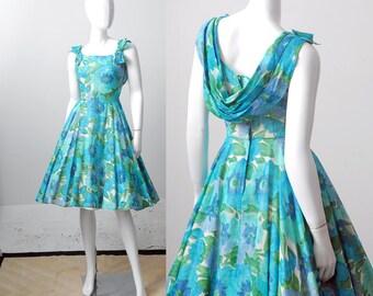 1950s Dress / Cotton 50s Dress / 1950s Floral Dress