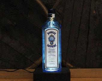 Bombay Sapphire Bottle Gin Light / Gin Bottle Desk Lamp / Handmade Tabletop Lamp / Upcycled Liquor Bottle Lighting / Bar Lamp / Gin Gifts