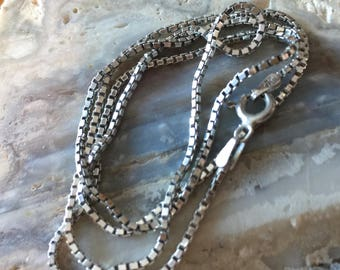 Sterling Silver Box Chain Necklace.