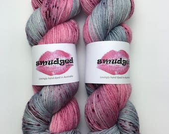 110g fingering weight sock yarn - The 80's Bathroom