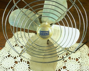 ELECTRIC FAN: Vintage Manning Bowman Oscillating Fan