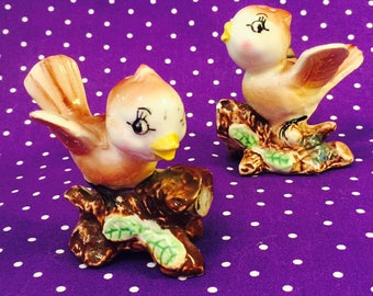 Metasco Anthropomorphic Brown Sparrow Birds Salt and Pepper Shakers made in Japan circa 1950s