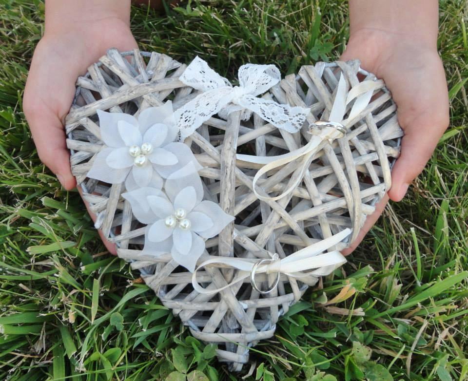 Porte Alliances Coeur De Rotin Fleur Soie Mariage Ring Bearer - Porte alliance mariage