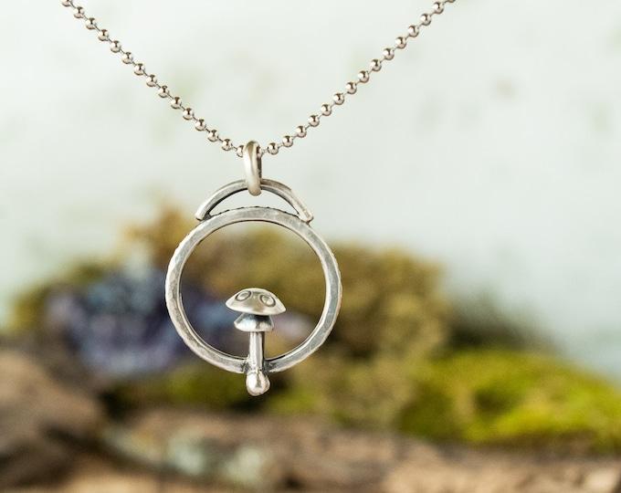 Amanita Loop Pendant | Sterling Silver