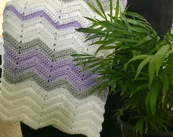 Crochet/Knit/Handmade Chevron Baby/Crib Blanket - Lapghan