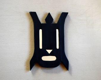 Wooden mirror painted animal-shaped black - original Creation
