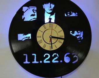 Stephen King theme, Stephen King vinyl record wall clock, Stephen King night light, Stephen Kingled light, Stephen King vinyl wall clock