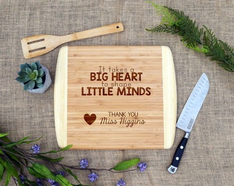 It Takes a Big Heart to Shape Little Minds Personalized Cutting Board, End of Year, Teacher Gift, Thank you, Teacher Appreciation, Present