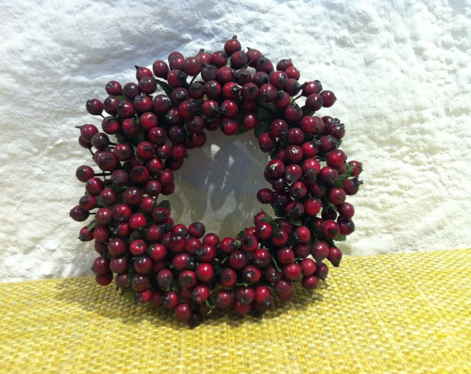 Vintage flower wreath Berry wreath flowers or berries decorative, miniature, doll, or decoration for all kinds of