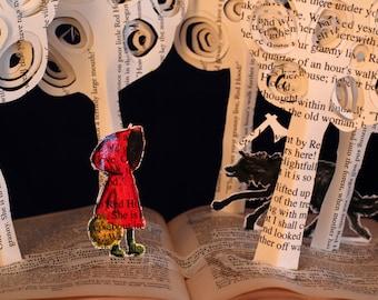 Poco rojo caballo campana - 5 x 7 tarjeta de felicitación de un cuento de hadas de escultura libro alterado