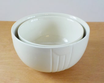 Pair of Vintage Hall Mixing Bowls • Vintage Off White Ivory Nesting Mixing Bowls