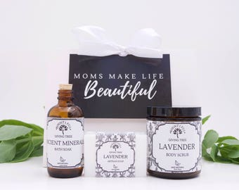 Spa Gift Set, Personalized Gift, gift for mom, baby shower gift, bridal shower gift, gift for her, new baby gift, mothers day gift, gift box