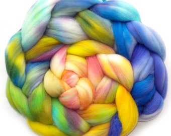 Rambouillet Hand Dyed Roving Combed Top Spinning Fiber - Upbeat, 5.0 oz.