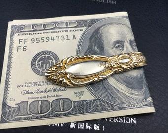 Gold pendant purse.