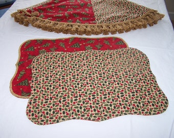 Red Tree Skirt & Placemats