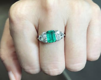 Antique Edwardian Colombian emerald and diamond ring from about 1910