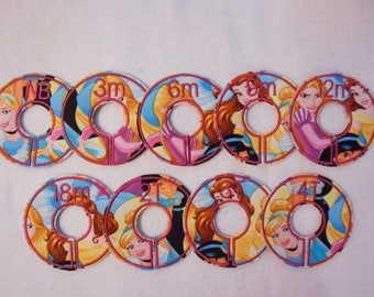 princess collage closet divider set