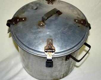 Vintage West Bend Aluminum Pressure Cooker / Canner