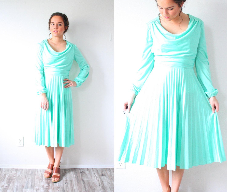 Green 1960\'s midi dress // long sleeve cowl neck dress //