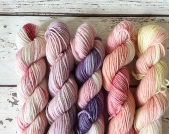 Mini Sock Set 4: Naturally hand-dyed Sock yarn in Superwash Merino and Nylon 100g / 425m