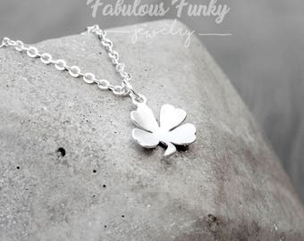 Clover Necklace in Silver